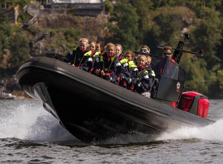 Får man köra fler än tolv passagerare med utbildningen Fartygsbefäl klass VIII?