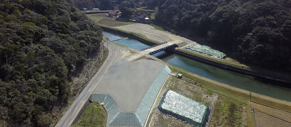 H28三隅・益田道路沖田川仮橋外工事