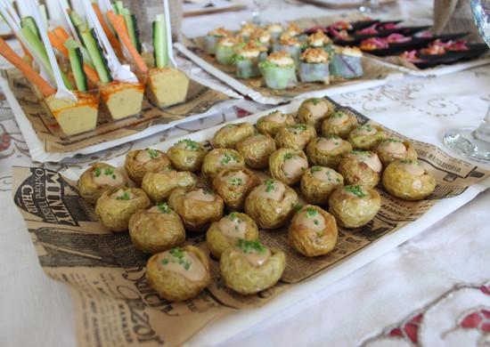 Patatas bravas Food Experience.
