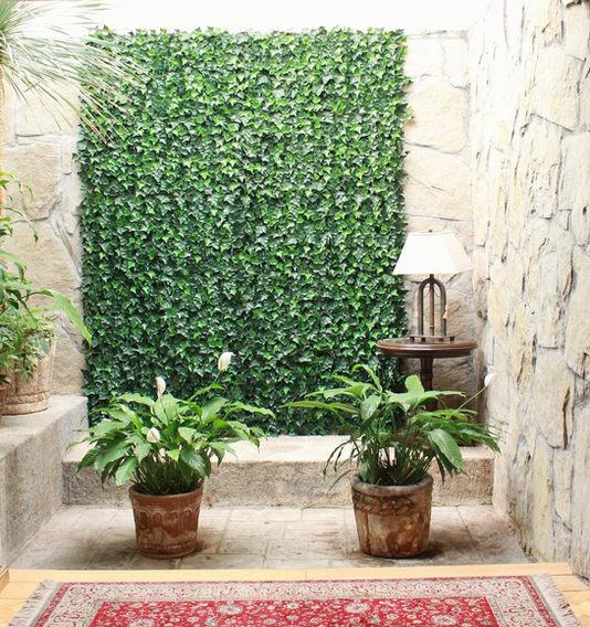 Dale vida a tus paredes con follaje arti