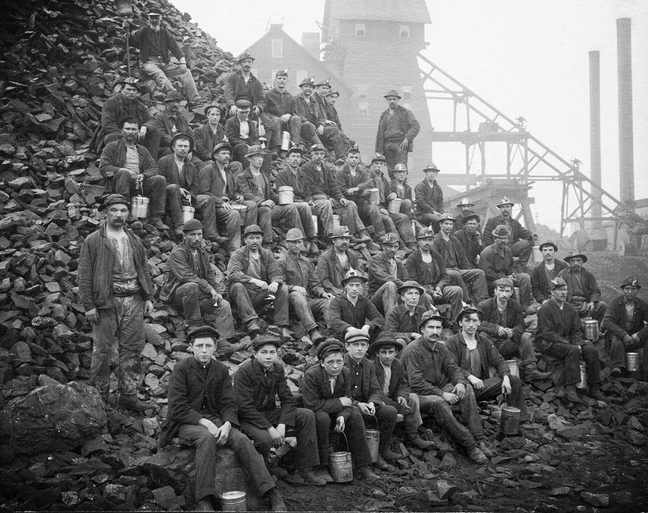 miners-67742_960_720_edited