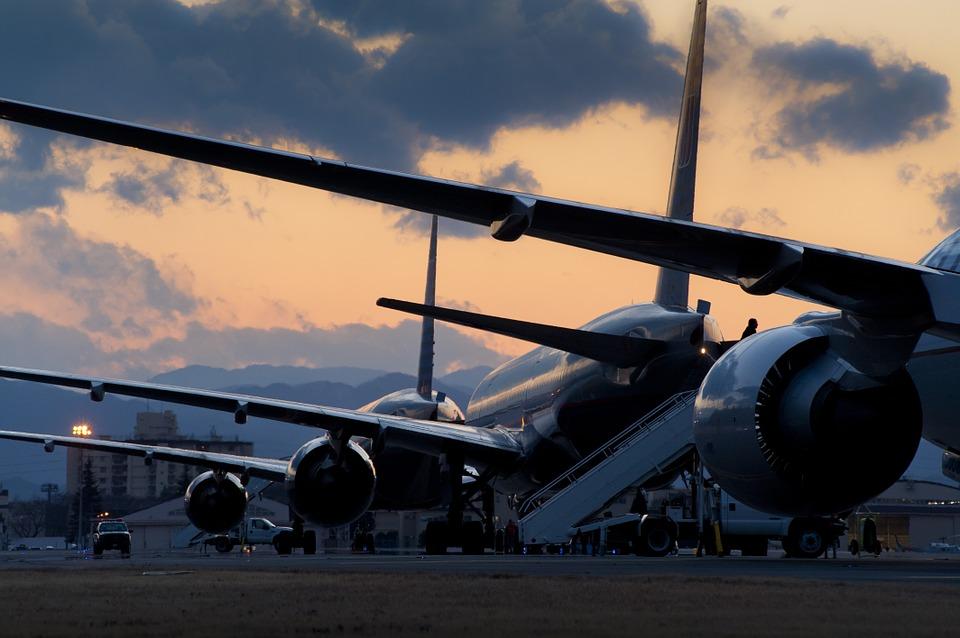 aircraft-655504_960_720