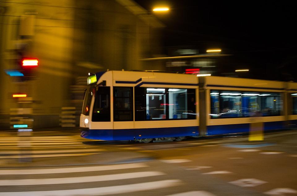 tram-711792_960_720