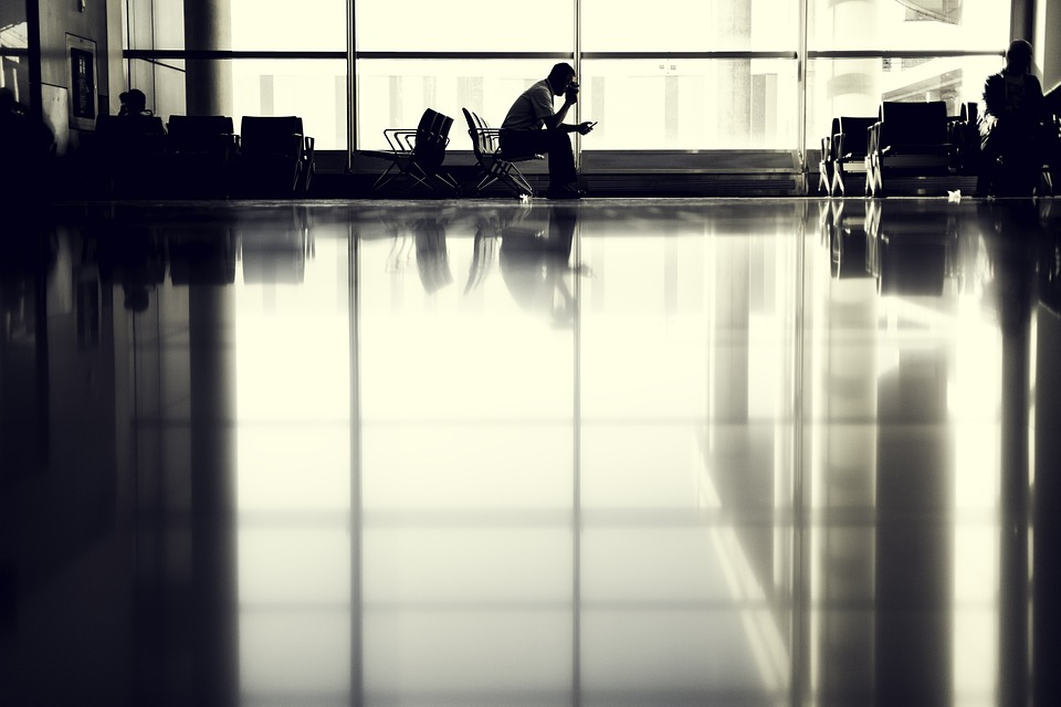 airport-802008_960_720
