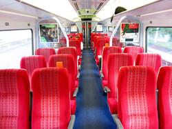 train-835903_960_720