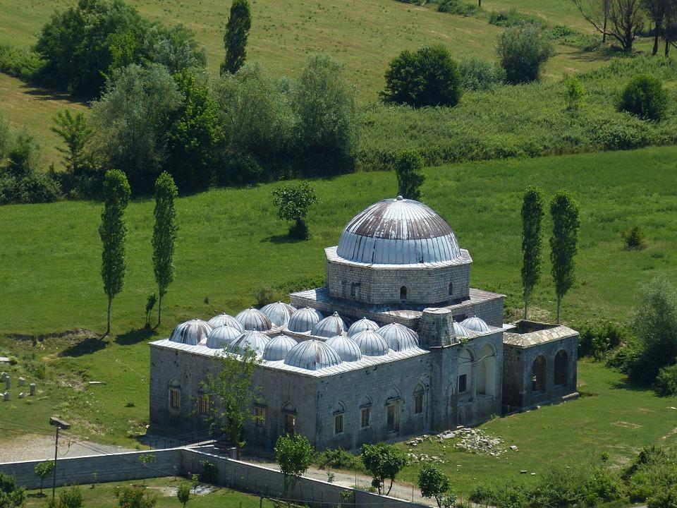 albania-823418_960_720