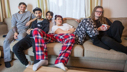 LOUDER NEWS: Millie Manders and the Shutup unveil new video for 'Broken Record'