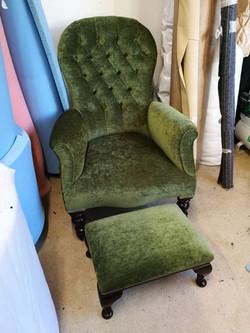 Green velvet Nursing Chair & Stool