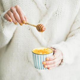 Healthy vegan turmeric latte or golden m