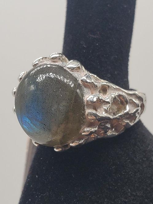 Roots Labradorite Ring