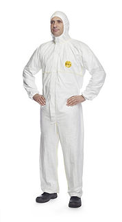 5711easysafe-coverall-pic-565x1024.jpg