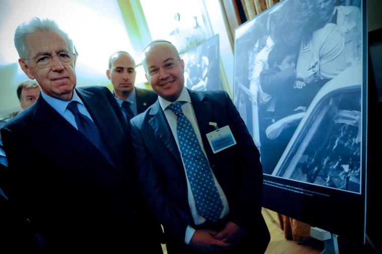 Jonathan con Monti.jpg
