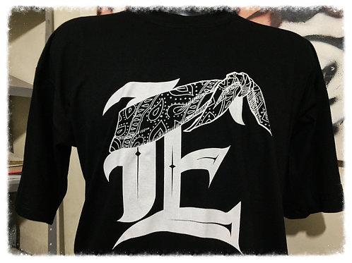 """Camiseta """"E"""" Frase """"""""Só não aprovam a pena de ..."""""""