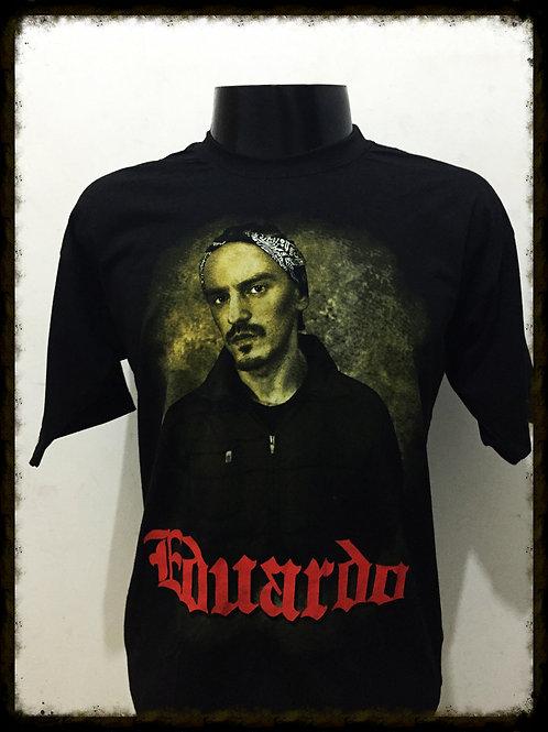 """Camiseta """"Eduardo"""" Masc. Preta"""