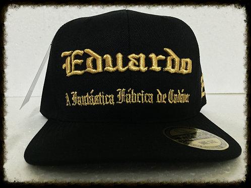 """Boné """"Eduardo Capa CD"""" preto/bordado dourado"""