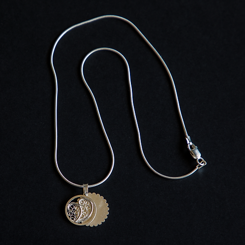 Custom portuguese filigree necklace