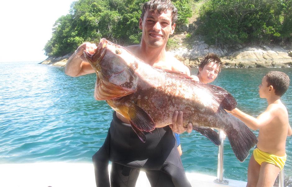 Pesca sub em Ilha Grande