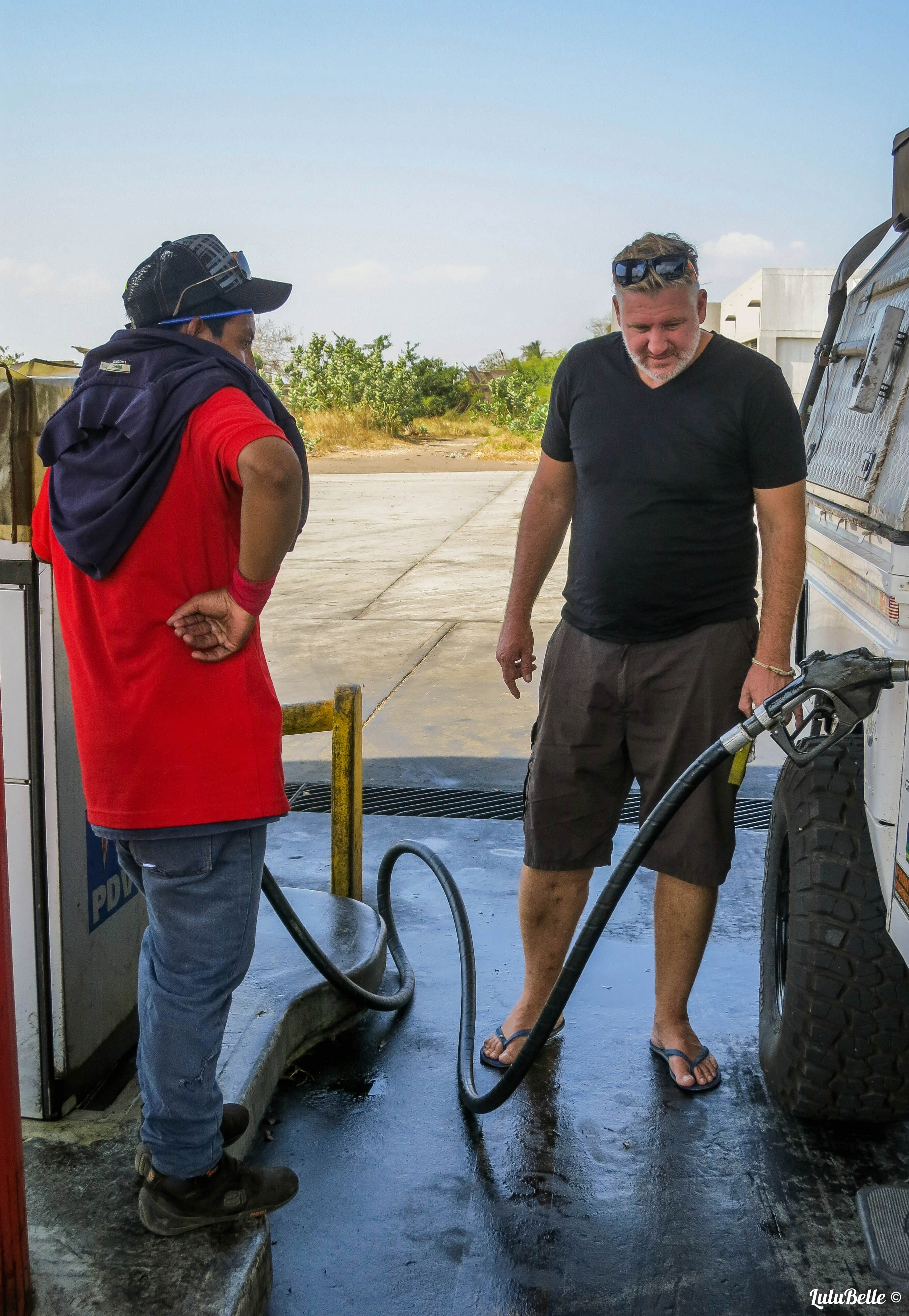 100 litres, 20c US! A2A Expedition