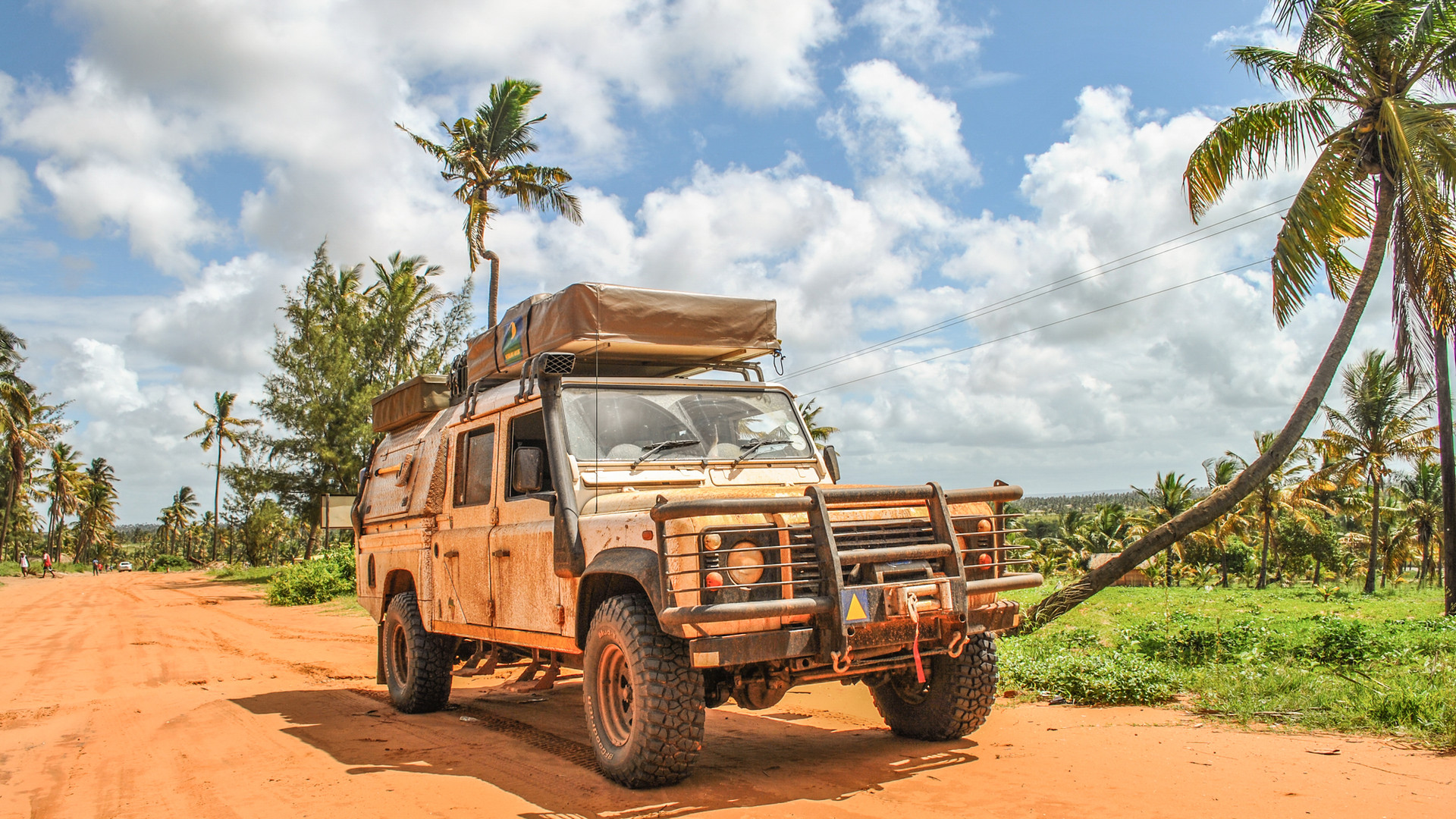 1. Mafuta the Landy in Mozambique, 2010.