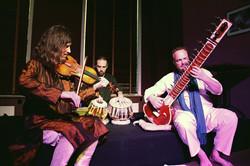 000 Sitardust Trio Renaud Crols by Alain Deschepper