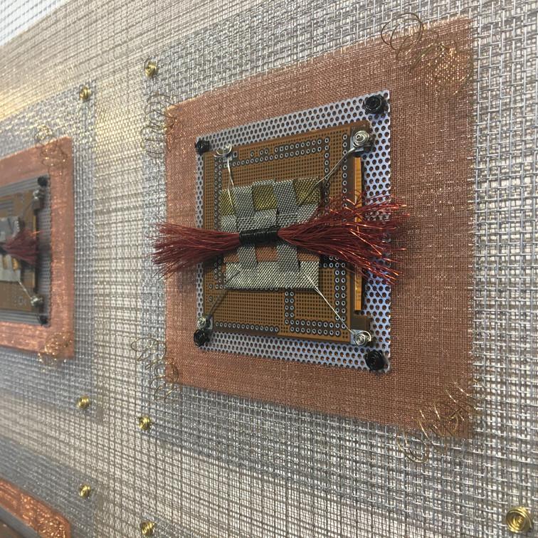 Detail photo Integrated Circuits Red Woven Industrial Quilt