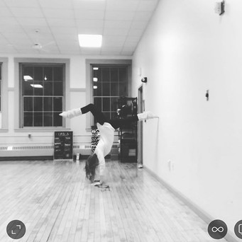 Starting to practice handstands_ Want to