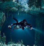 cave diving taak-bi-ha_edited.jpg