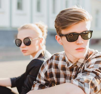 Gafas de marca de venta en la óptica en línea