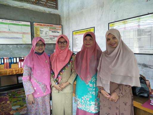 Sekolah Swasta Berbiaya Rendah di Perkotaan dan Pedesaan: Studi Kasus Provinsi Riau