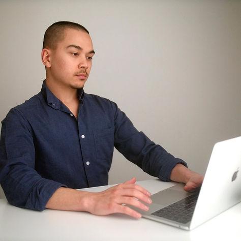 Photo - Laptop.jfif