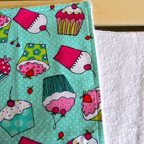 Cutesy Cupcakes Burp Cloth