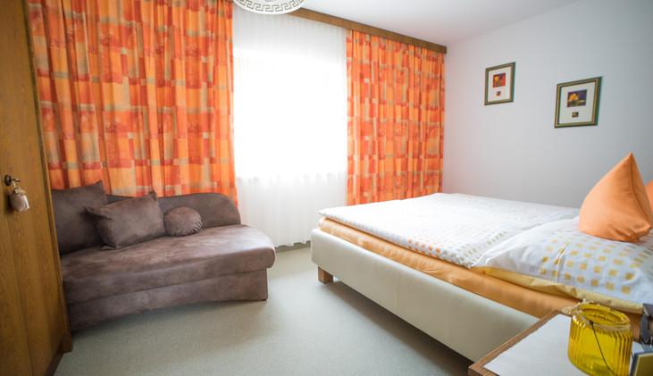 Schlafzimmer (100).jpg