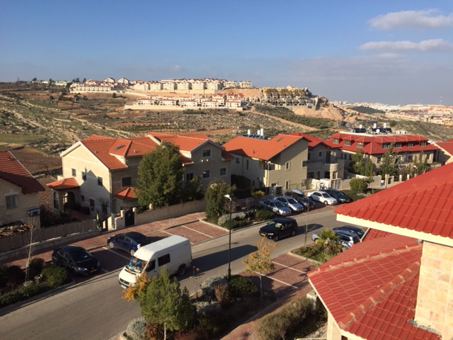 New construction in Efrat