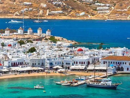 FlyDubai launches summer flights to Mykonos and Santorini