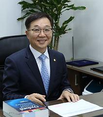 박희석 원장님 1.jpg