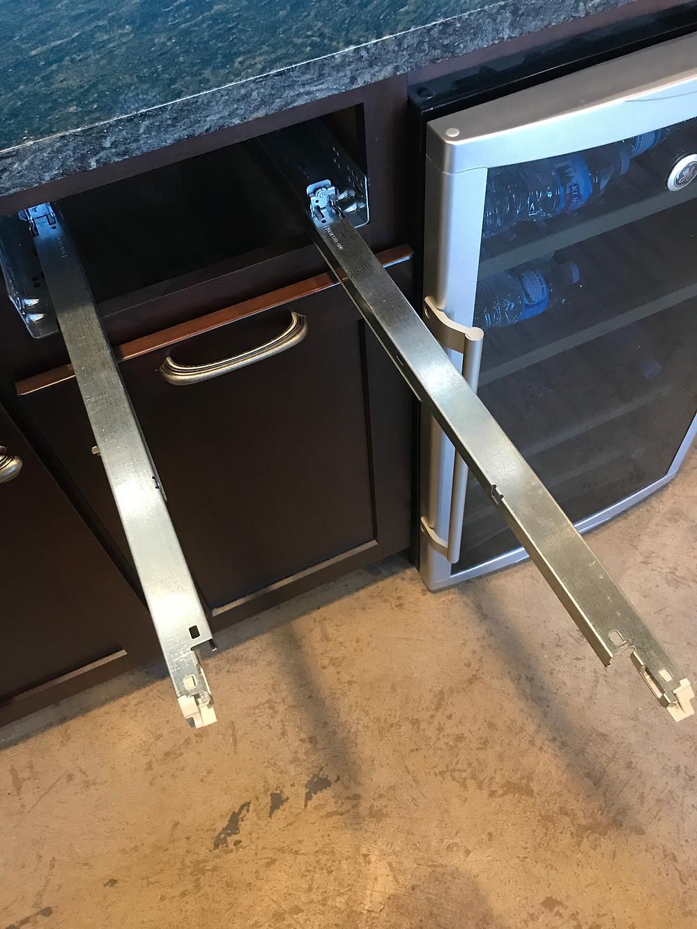 Easy install drawer glides