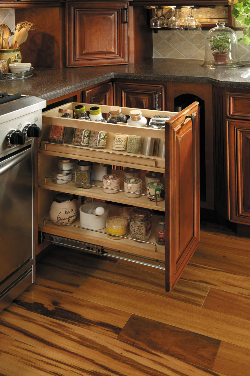 Spice Pull-Out by StarMark Cabinets