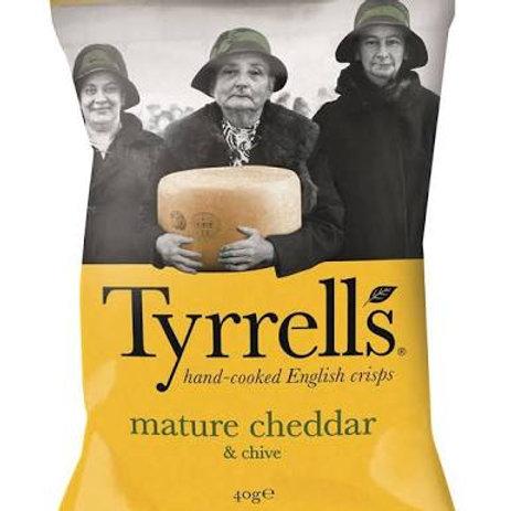Tyrrells mature cheddar & chive crisps - 14 x 40g