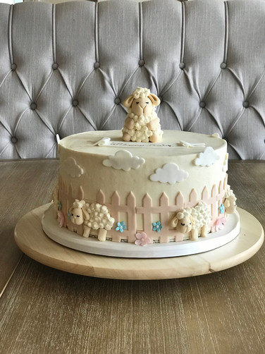 Buttercream lamb cake