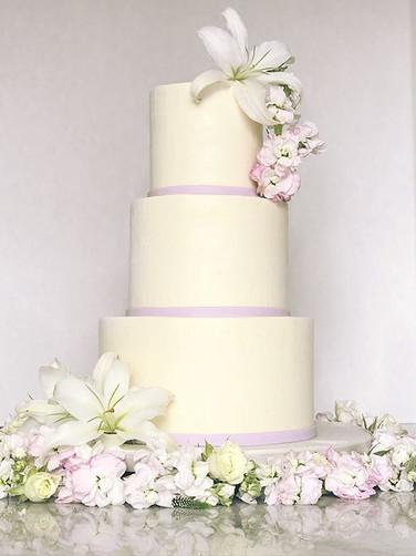 Lily Buttercream Cake