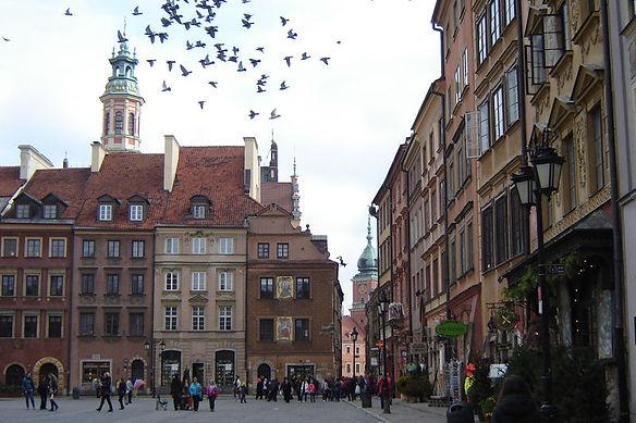 Polonia-Praça Varsovia...br...jpg