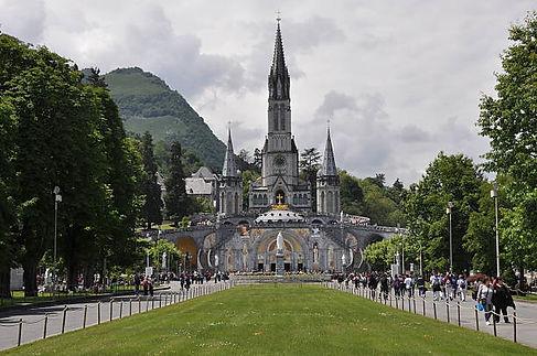Santuario NS Lourdes em Andorra.jpg
