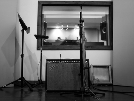 How to Build a Home Studio on a Budget: Your 5-Step Guide