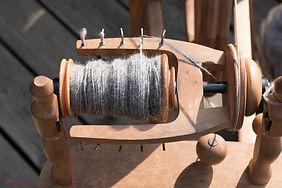 Spinning wheel with spun pet fur
