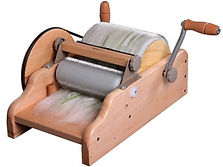 Drum carder for carding dog and cat hair
