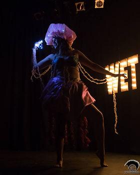 cherry-cheeks-burlesque-ECC-photography-yyj-victoria-striptease-jellyfish-performance