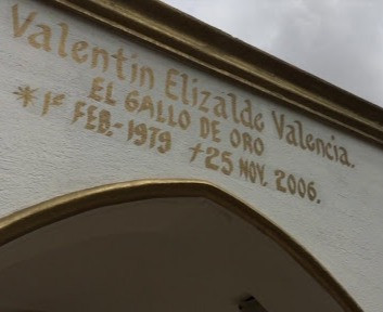 VANDALIZAN TUMBA DE VALENTÍN ELIZALDE EN GUASAVE