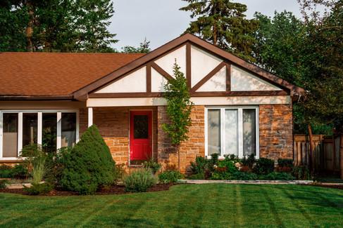 one-storey-home-exterior_4460x4460.jpg