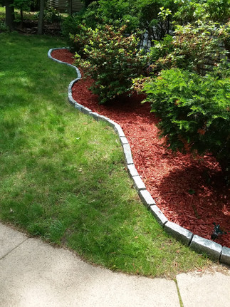 C. Parsons mulch front bed.jpg