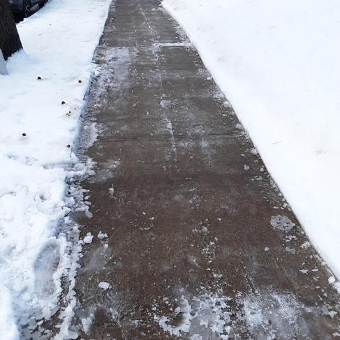 Matt Goldenberg - front sidewalk (after)